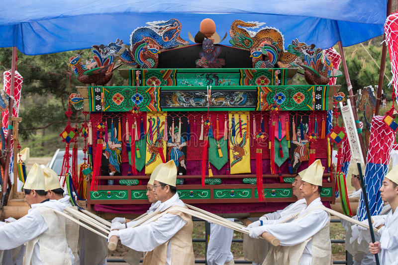 Tributos, eventos tradicionales de la Corea del Sur para el difunto imagenes de archivo