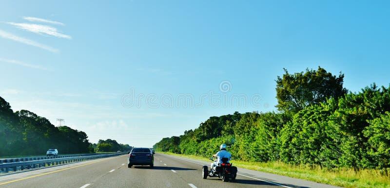 Triciclo del motore delle automobili della strada principale degli S.U.A. dello stato di Florida immagini stock