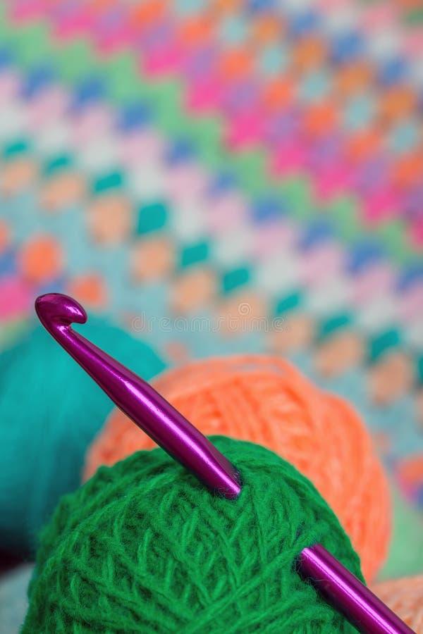 Tricotant, crochet de crochet photographie stock