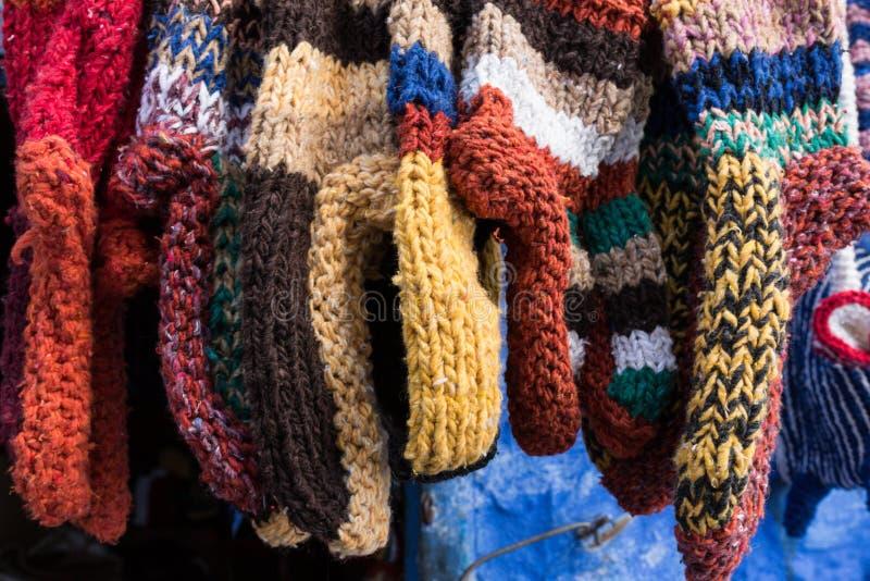 Tricote manualmente peúgas imagem de stock royalty free