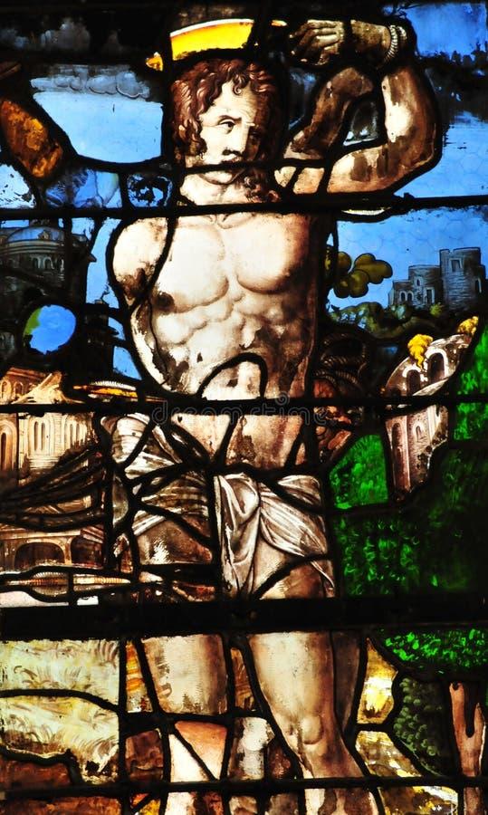 Triel-sur die Seine, Frankreich - 3. April 2016: Kirche stockbild
