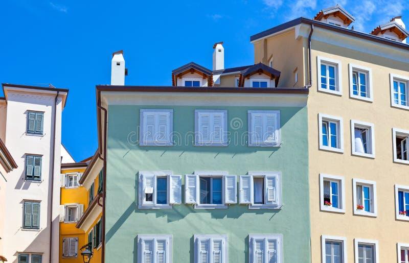 Trieste, las arquitecturas y artes imagenes de archivo