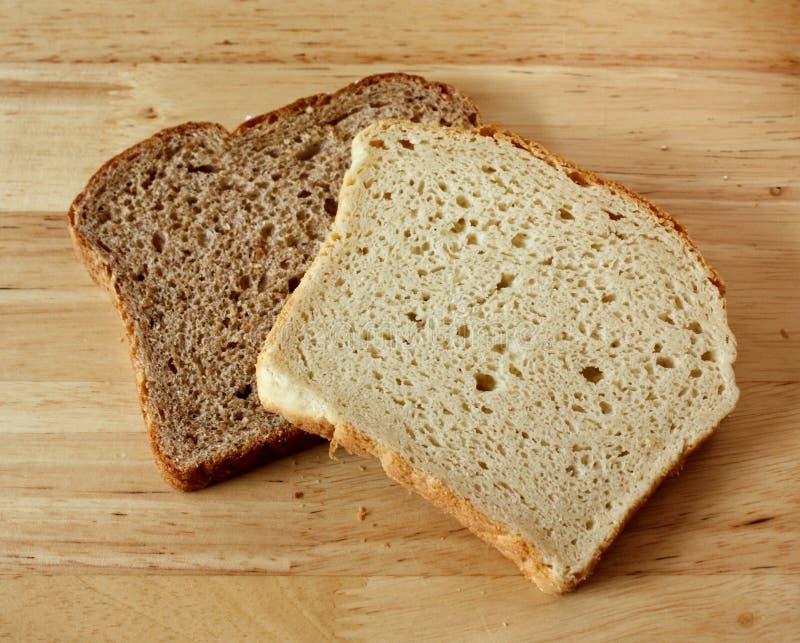 Trigo integral y pan Gluten-Libre fotos de archivo libres de regalías