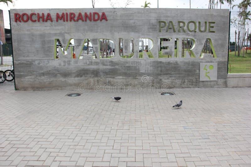 Trilha pública tubulação a maior do parque do patim da meia no mundo foto de stock