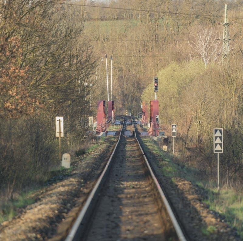 Trilha Railway e ponte na área de Bakov nad Jizerou imagem de stock royalty free