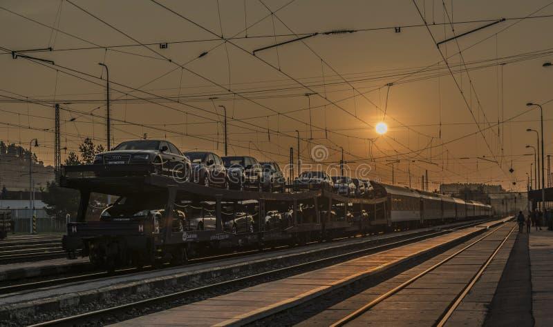 Trilha Railway na estação de Spisska Nova Ves imagens de stock royalty free