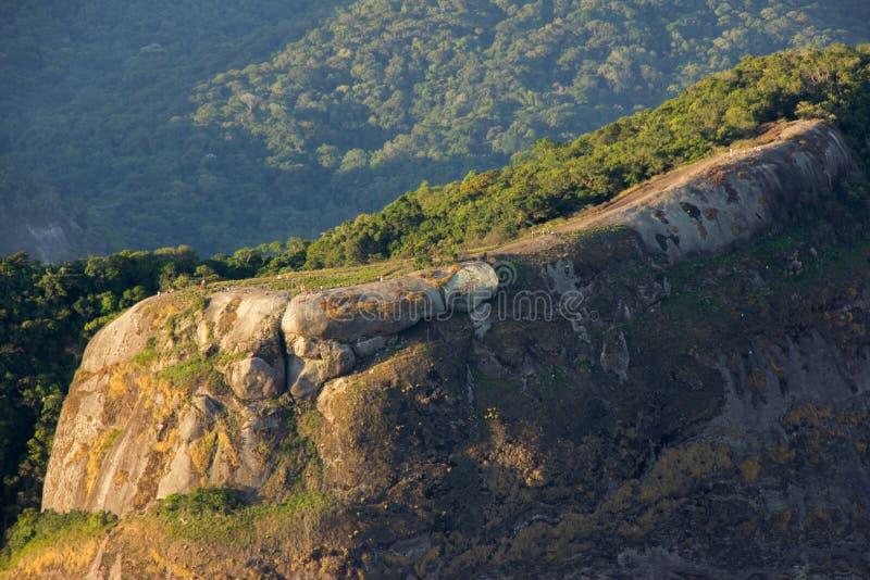 Trilha visual da pedra do gavea em Rio de janeiro imagens de stock royalty free