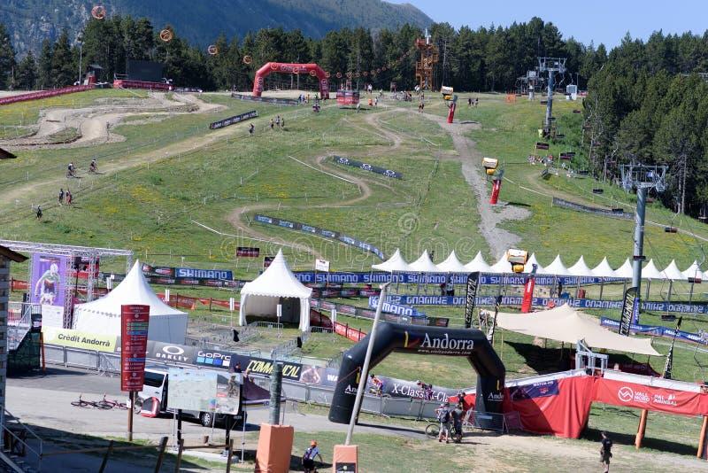 Trilha XCO no CAMPEONATO DO MUNDO 2019 de MERCEDES-BENZ UCI MTB - DHI Vallnord, Andorra em julho de 2019 fotos de stock