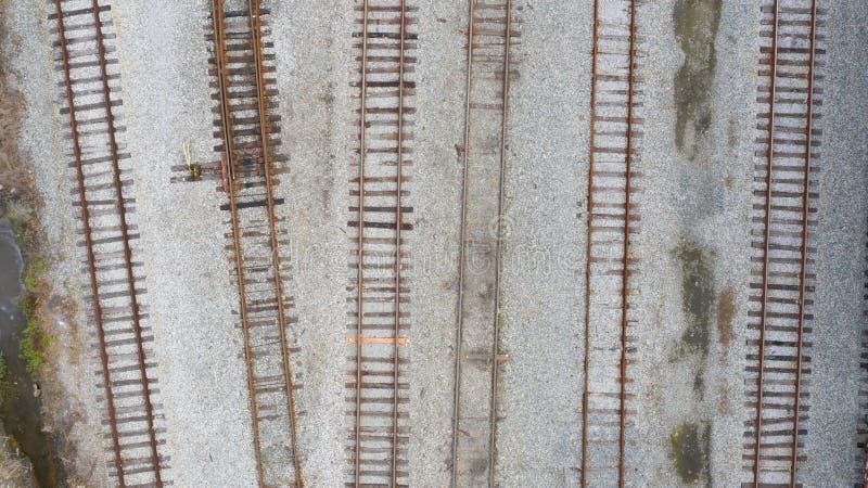 Trilhas aéreas do trem imagens de stock royalty free