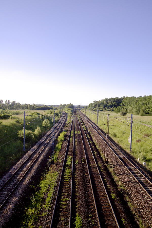 Trilhas da estrada de trilho. Estrada de ferro. imagens de stock royalty free