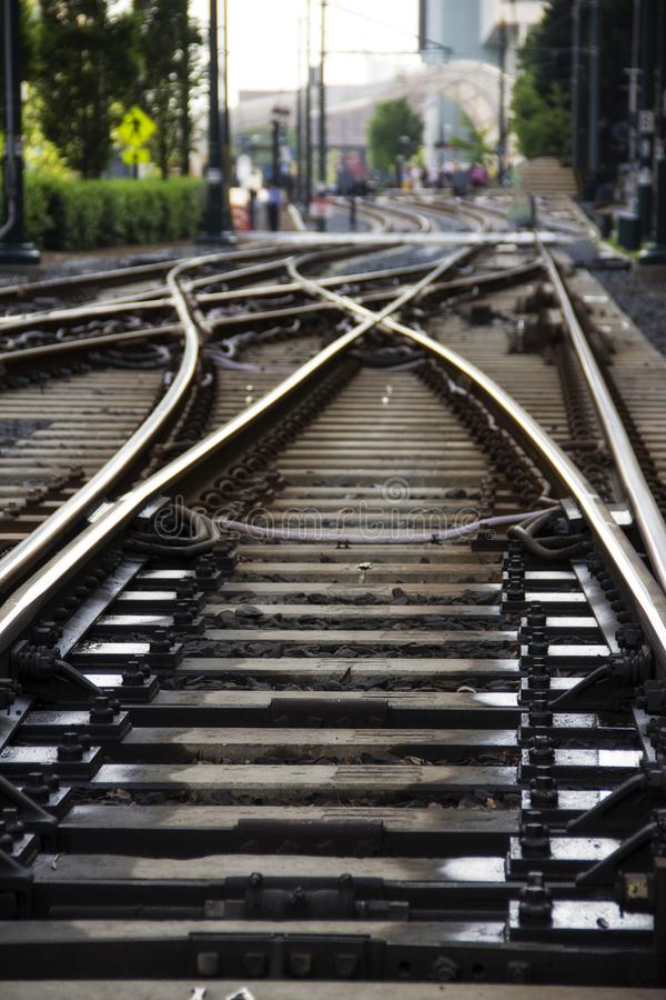 Trilhas de aço paralelas do trem fotos de stock royalty free