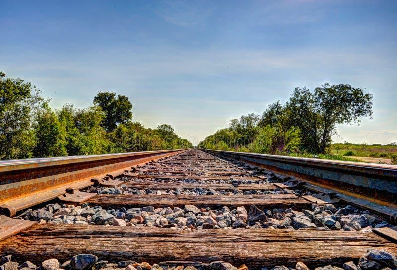 Trilhas de estrada de ferro oxidadas imagem de stock royalty free