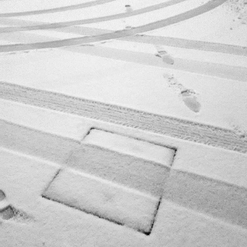 Trilhas na neve imagens de stock