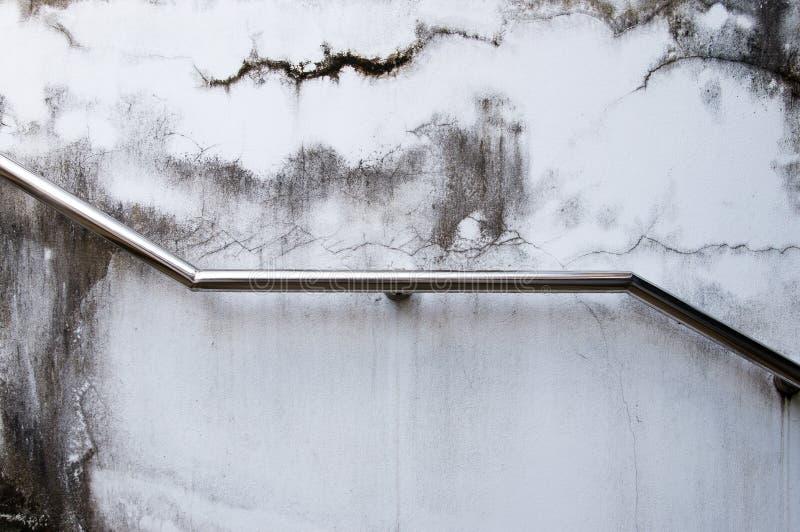 Trilho de mão da escada do aço inoxidável fotografia de stock