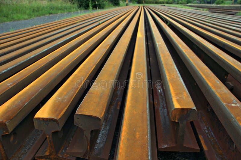 Trilhos de aço imagens de stock