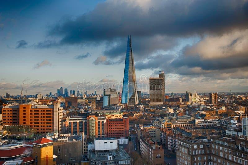 Trillend de Scherf Londen van Tate Modern royalty-vrije stock afbeelding