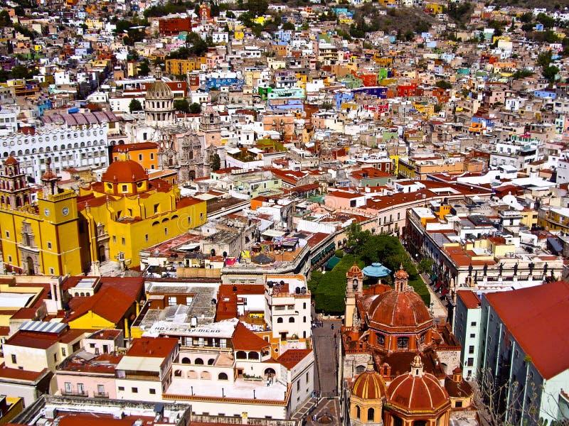 Trillende Mexicaanse stad van Guanajuato stock foto's