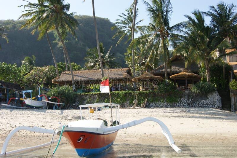 Trimaran de pêche dans Bali, Indonésie photographie stock libre de droits
