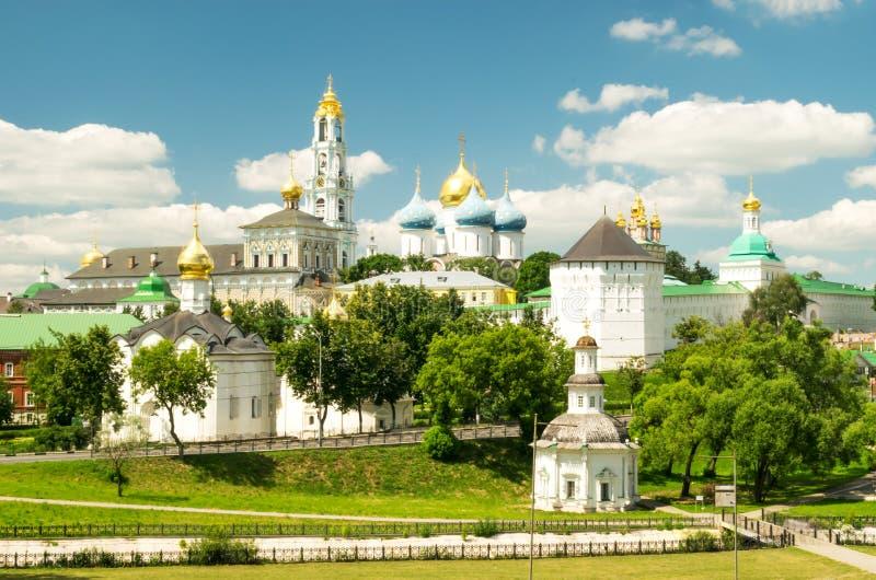 Trindade Lavra de St Sergius - monastério em Sergiyev Posad fotos de stock