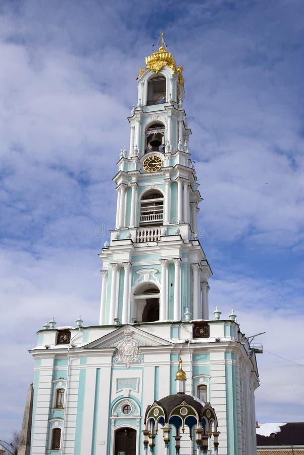 Trindade Sergius Lavra em Rússia Foto do inverno da cor foto de stock royalty free