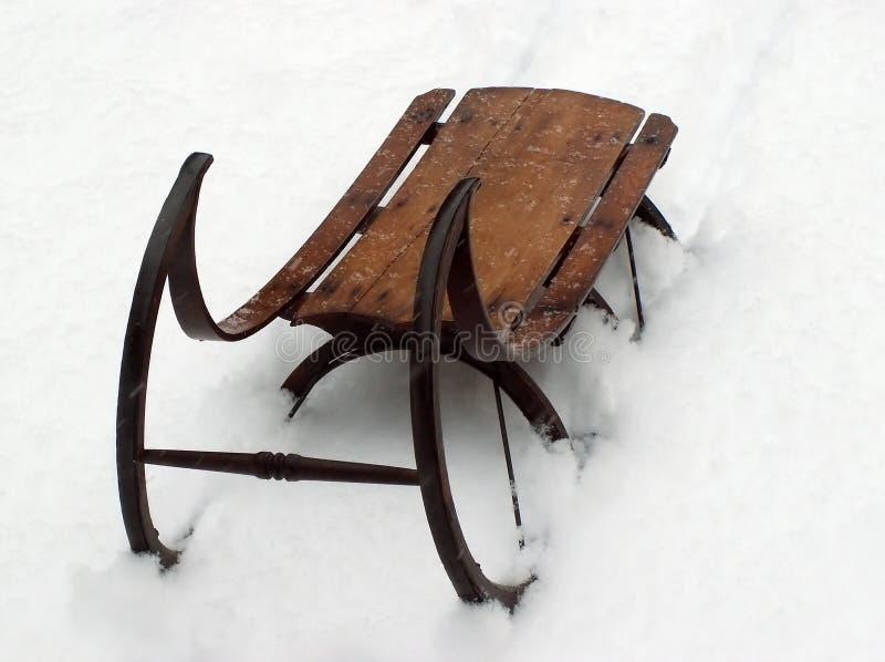Trineo del invierno de la vendimia fotos de archivo