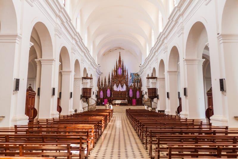 TRINIDAD KUBA - FEBRUARI 8, 2016: Inre av den Iglesia Parroquial de la Santisima Trinidad kyrkan i Trinidad, gröngöling arkivbild