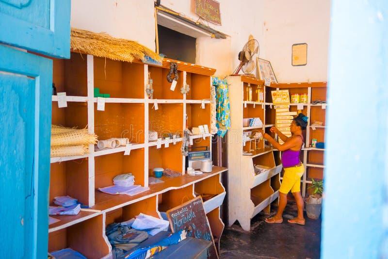 TRINIDAD KUBA, WRZESIEŃ, - 5, 2015: Rządowy sklep zdjęcie stock