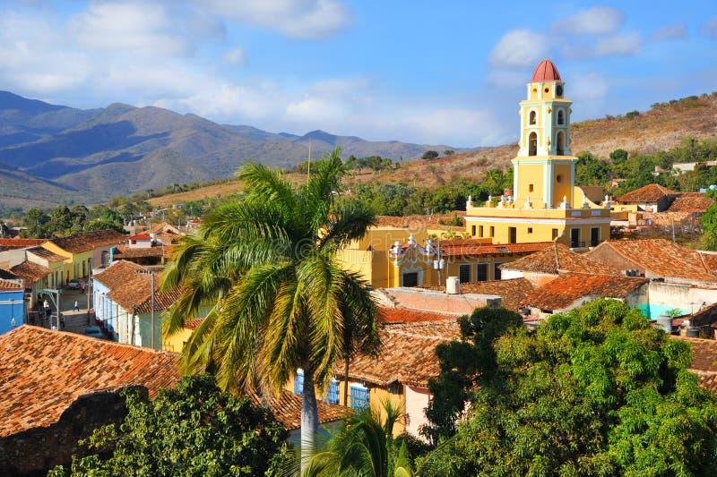 Trinidad stad med San Francisco Church royaltyfri bild