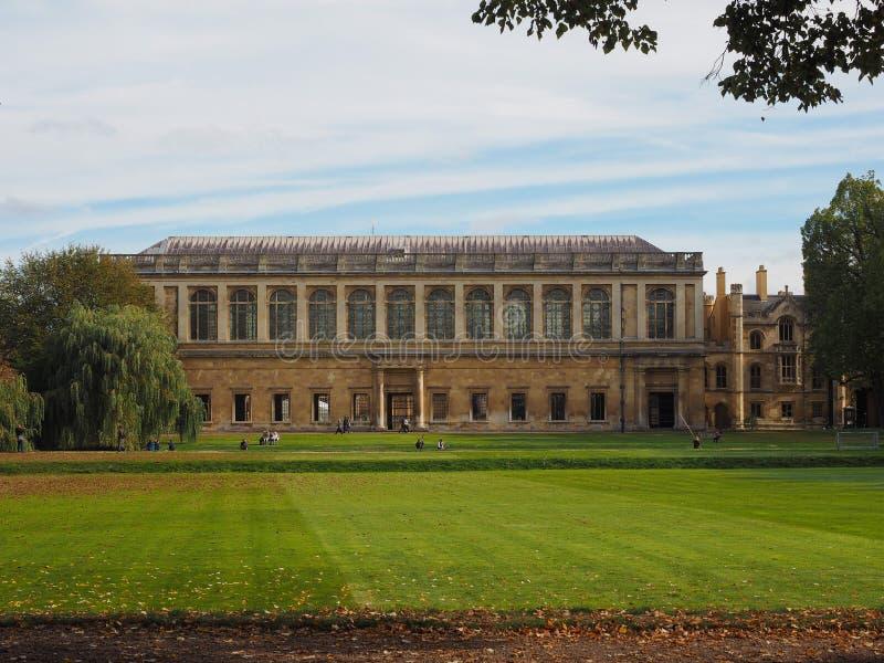 Trinity College Wren Library à Cambridge image stock
