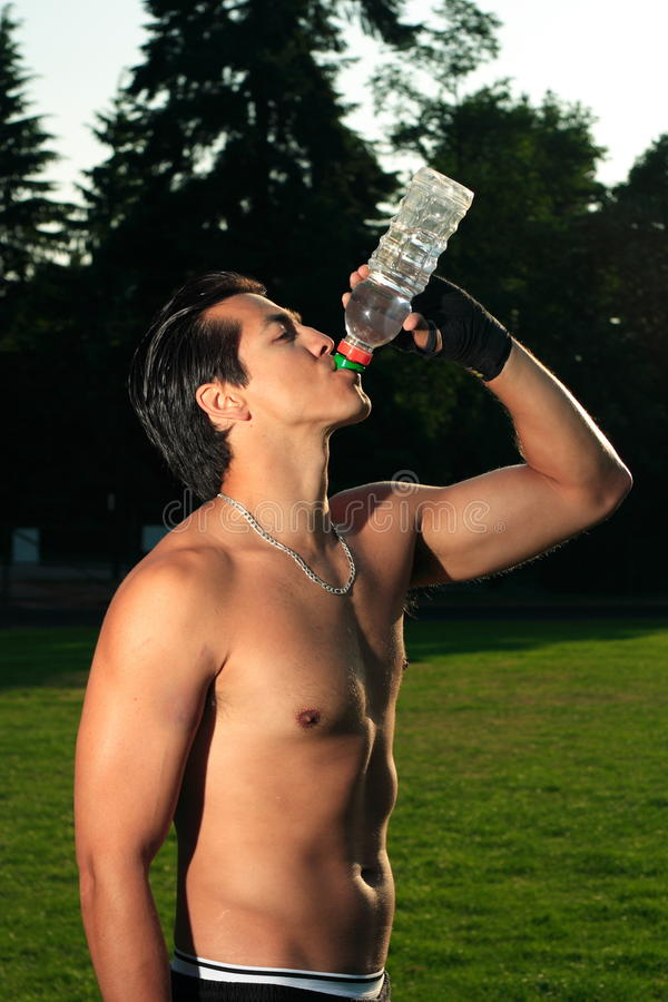 Trinkwasser lizenzfreie stockfotografie
