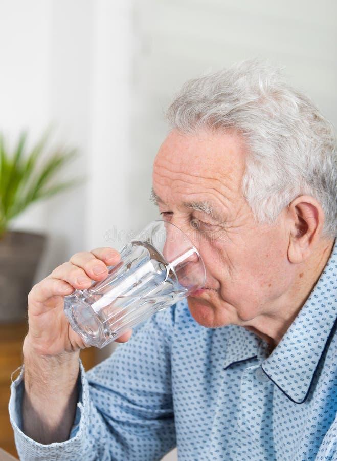 Trinkwasser lizenzfreies stockfoto