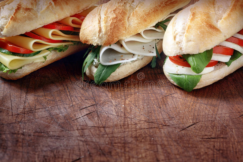 Trio des baguettes végétariennes savoureuses photo stock