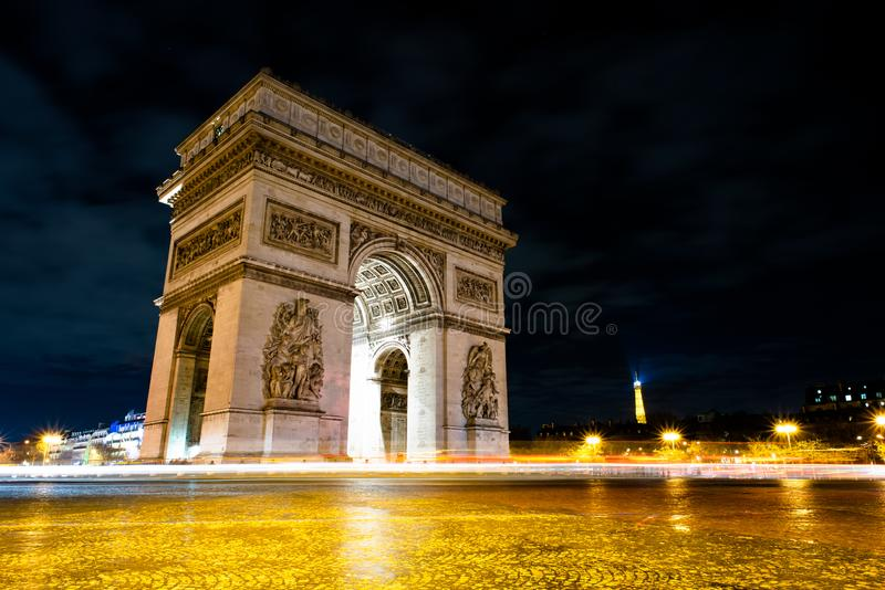 triomphe дуги de ночи стоковое фото rf