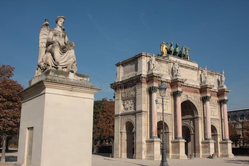 Download Triomphe дуги Carrousel De Du Стоковое Изображение - изображение насчитывающей architrave, европа: 6850647