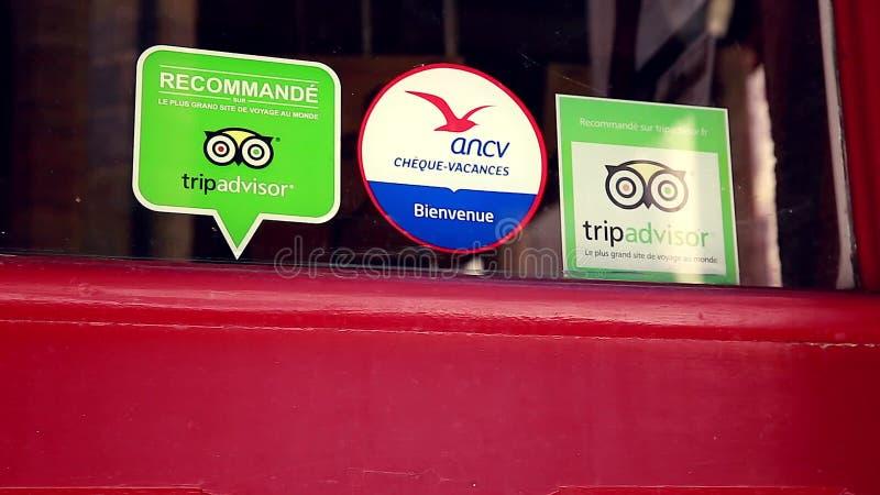 Tripadvisor Aufkleber Auf Restaurant Fenster In Frankreich