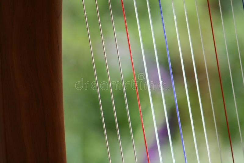 Triplett toppig bergskedja harpa arkivfoton