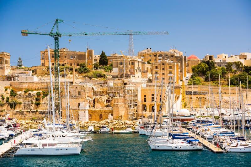 Triqjachthaven in Kalkara van Malta royalty-vrije stock afbeelding