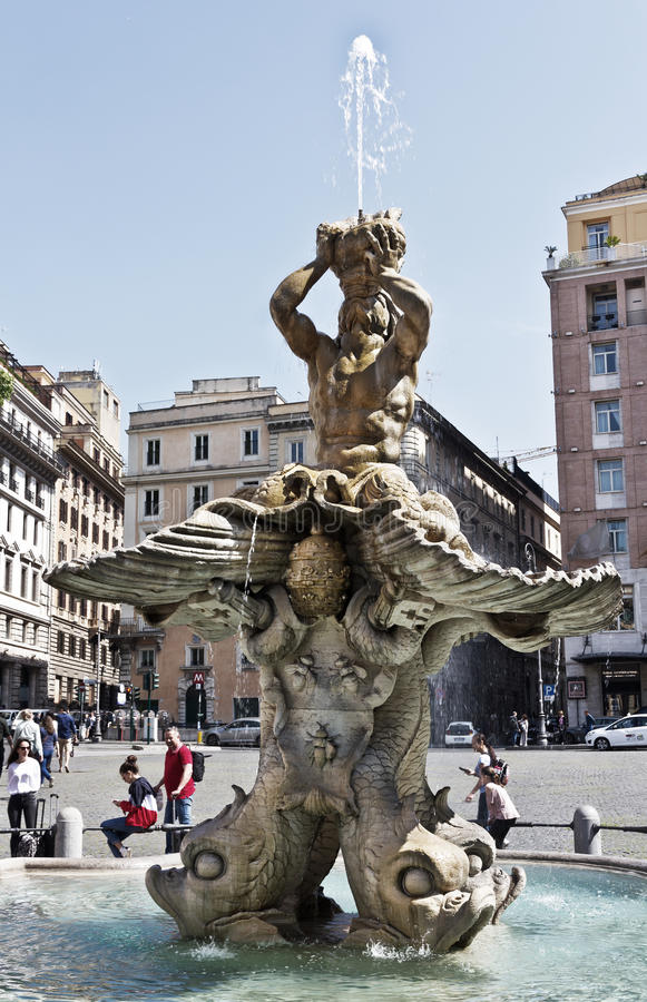 Major Fountains Of Rome - Limo service in Rome and Italy |Triton Fountain Rome