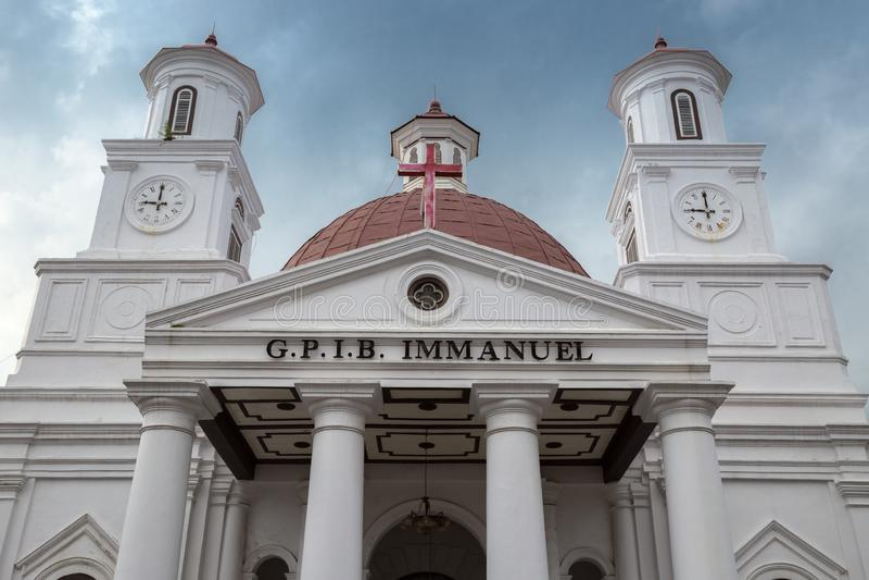 Trituração branca G P Mim B Immanuel, Gereja Blenduk, Semarang, Jawa Tengah, Indonésia Jule 2018 fotos de stock