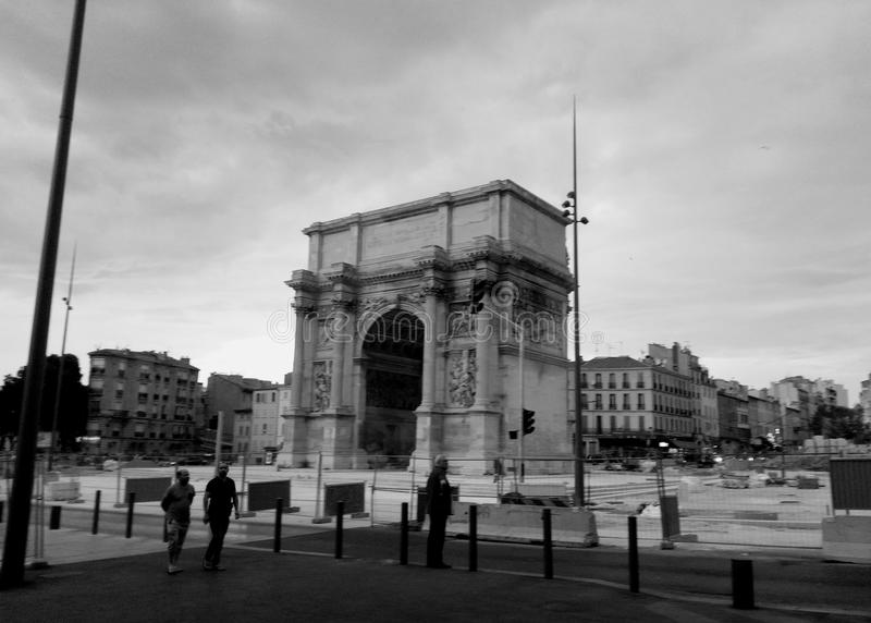 Triumf- båge i Marseille royaltyfria bilder