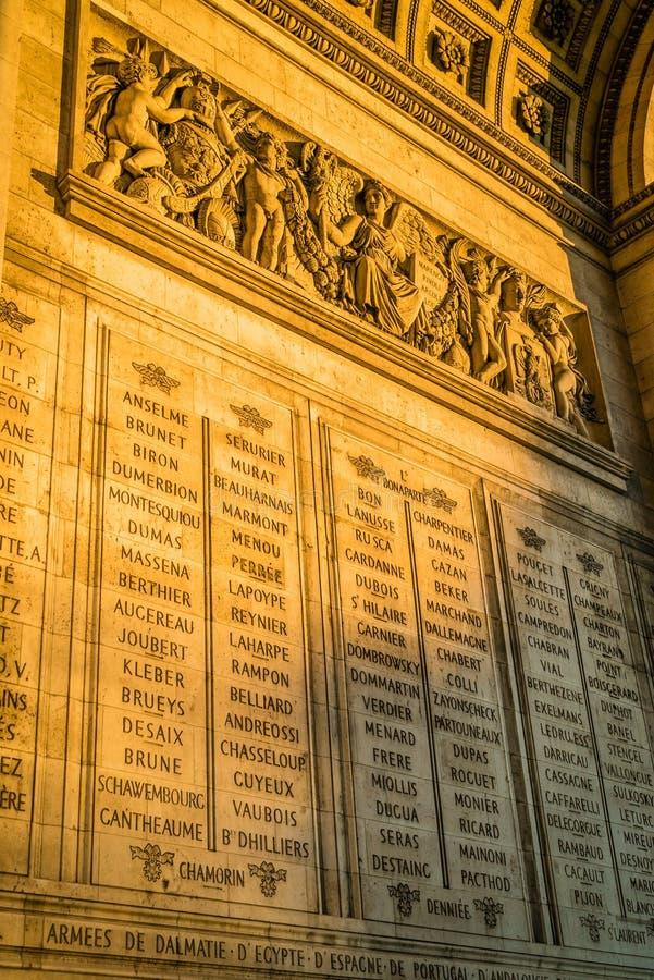 Triumph-Bogennamen in Paris stockfotografie