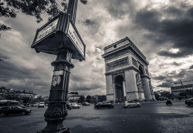 Triumph París imagenes de archivo