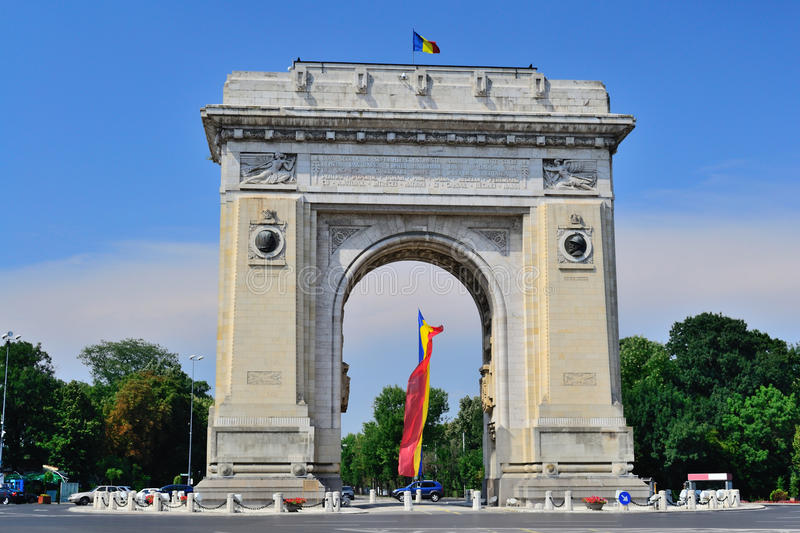 Download Triumphal Arch stock photo. Image of avenue, attraction - 20803002