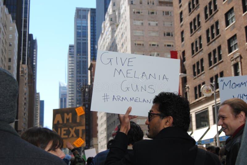 Triunfo de Melania, marzo por nuestras vidas, control de armas, protesta, NYC, NY, los E.E.U.U. imagen de archivo