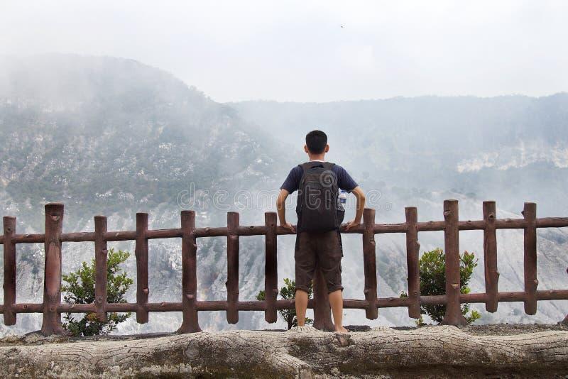 Trivalling wokoło góry Tangkuban Perahu w Bandung, Indonezja obrazy stock