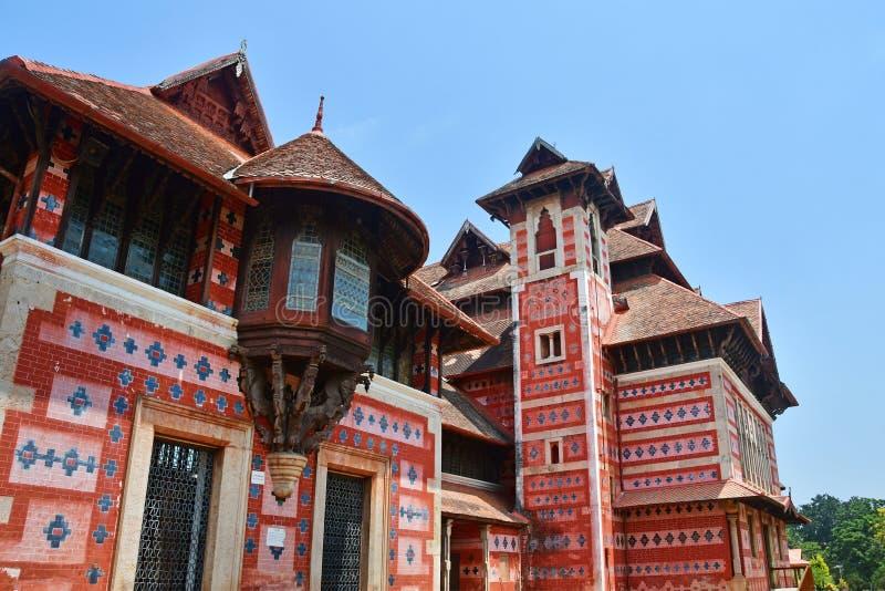 Trivandrum Thiruvananthapuram, ?tat Kerala, Inde, mars, 12, 2019 Mus?e des arts et des m?tiers Ville Thiruvananthapu de Trivandru photographie stock libre de droits