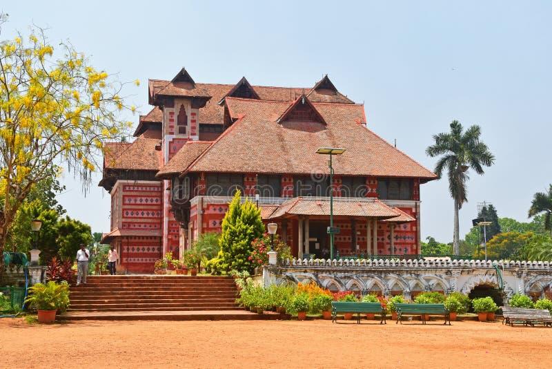 Trivandrum Thiruvananthapuram, ?tat Kerala, Inde, mars, 12, 2019 Mus?e des arts et des m?tiers Ville Thiruvananthapu de Trivandru images stock