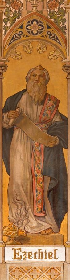 Trnava - η νεογοτθική νωπογραφία του προφήτη Ezekiel από Leopold Bruckner (1905 - 1906) στην εκκλησία Άγιου Βασίλη στοκ εικόνα