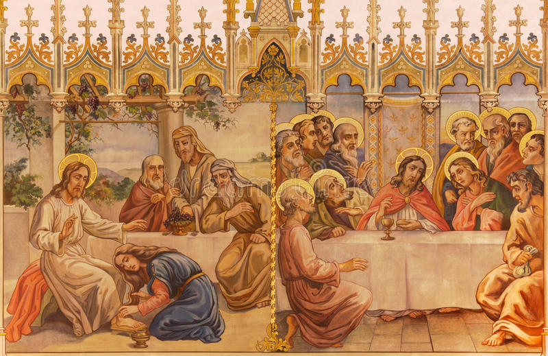 Trnava - de neogotische fresko van fhe Laatste avondmaal en Jesus en zondige vrouw royalty-vrije stock foto