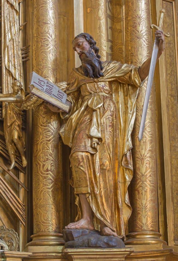 Trnava - la statua policroma di St Paul l'apostolo nella chiesa delle gesuite fotografia stock libera da diritti